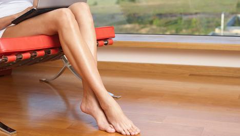 a lábon vörös visszérfoltok jelentek meg